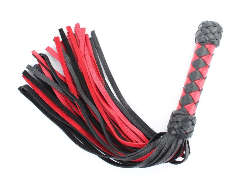 Плеть черно-красная с плетеной ручкой 54040ars